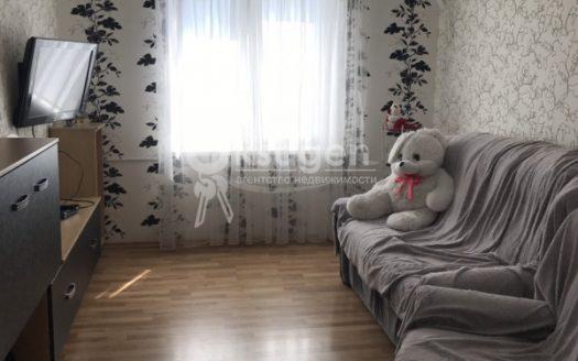 Продается отличная трехкомнатная квартира в центре Корабельного района, рядом с «Водолеем». Заходи и живи!