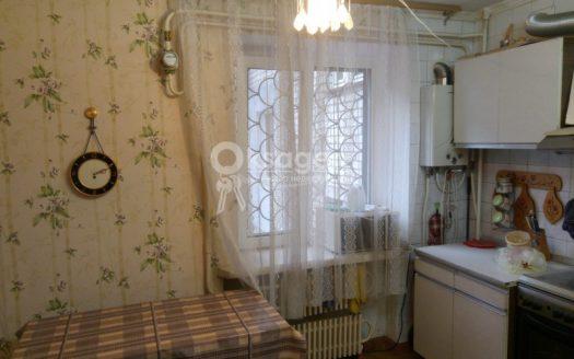 Продам 3 комнатную квартиру-студию на Мореходной