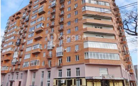 Продается 5-ти комнатная квартира на Водопроводной