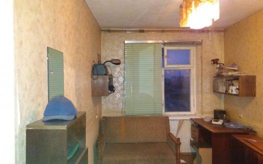 Сдаю трехкомнатную квартиру в Корабельном районе по улице Глинки