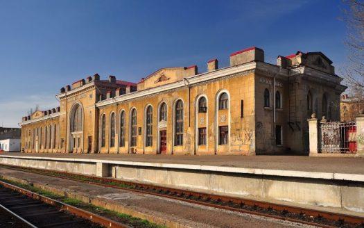 Старый железнодорожный вокзал Николаева