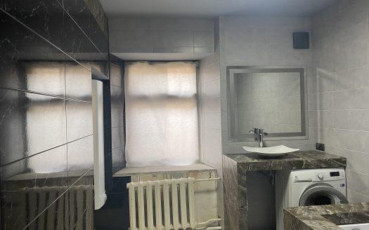 Продается 4 комнатная квартира на Адмиральской