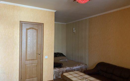 Продается однокомнатная квартира на Набережной!