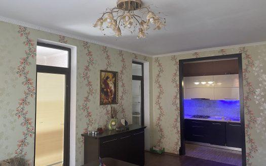 Продается 5 комнатная квартира в своем доме!