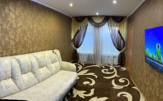 Продается трехкомнатная квартира в центре с ремонтом!