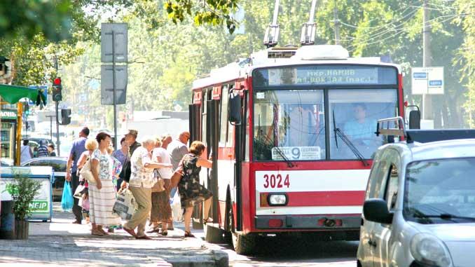 Продолжается строительство троллейбусной линии в Корабельный район