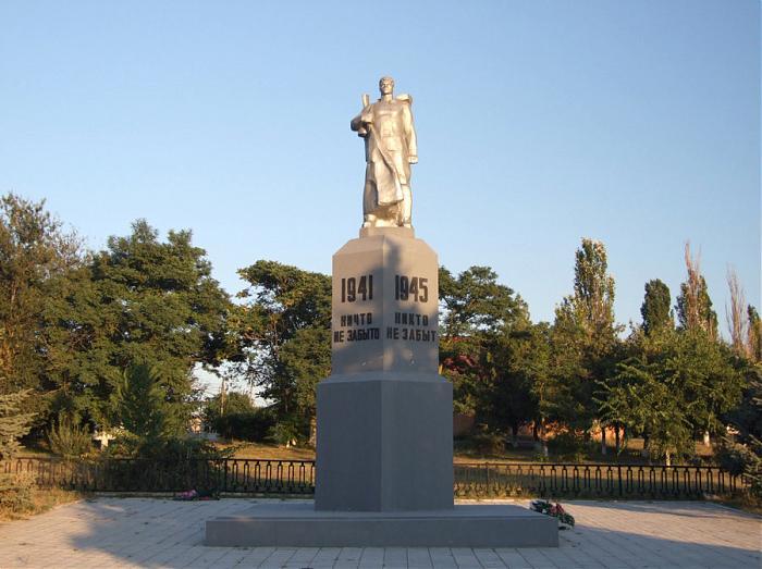 В Николаевской области реставрируют памятники погибшим во Второй мировой войне