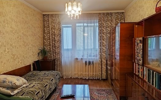 Продам 3 комнатную квартиру по 3-й Слободской