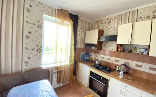 Продается 2 комнатная квартира на Намыве