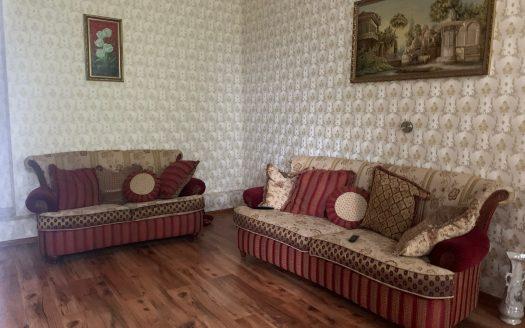 Продается трёхкомнатная квартира на Декабристов