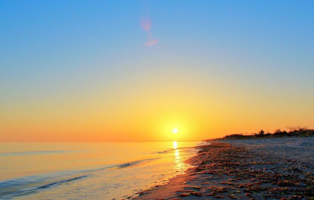 Пляжи Николаевской области попали в список самых красивых мест для морского отдыха в стране