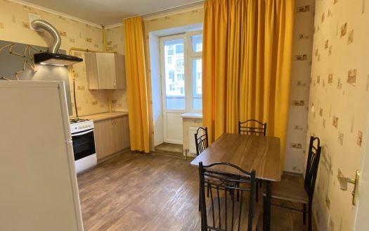 Сдаётся просторная 1 комнатная квартира 52 метра по ул. Архитектора Старова
