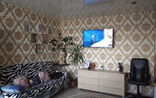 Продается двухкомнатная квартира в Корабельном районе по улице Океановской
