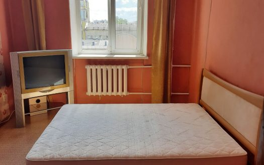 Продам 2 комнатную «сталинку» по ул. Соборная