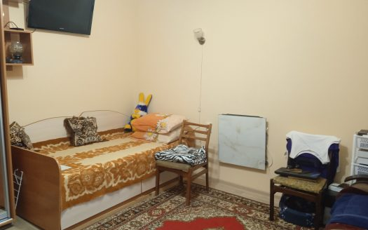 Продается однокомнатная квартира по улице Декабристов