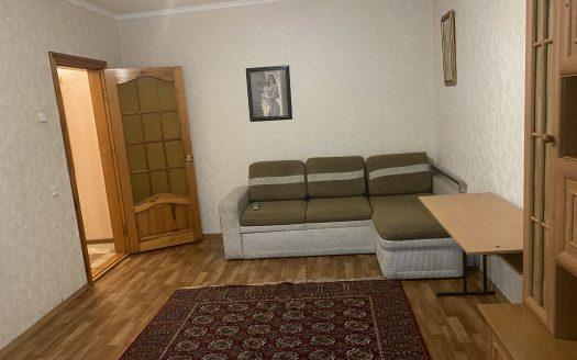 Продается 2 комнатная квартира в центре с ремонтом!