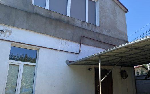 Продается часть дома в центре города!