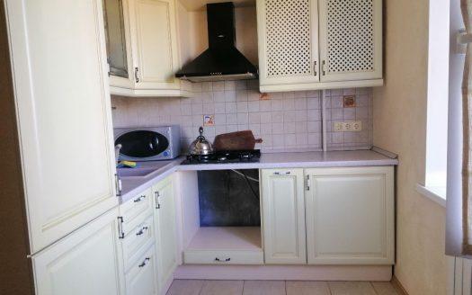 Продам трехкомнатную квартиру на Океановской