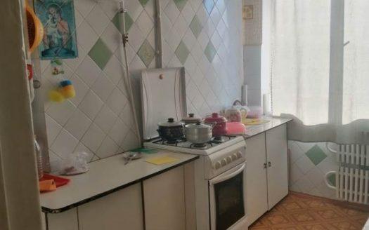 Продам трехкомнатную квартиру на Корабелов